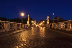Sant' Angelo Bridge at night Royalty Free Stock Photos