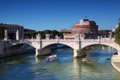 Sant Angelo Castel e Ponte Vittorio Emanuele fotografia de stock