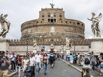 Sant Angelo Castle van Ponte Sant'Angelo, Rome Royalty-vrije Stock Foto's