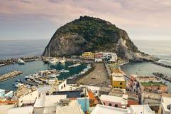 Sant'Angelo nos ísquios ilha, Itália Imagem de Stock Royalty Free