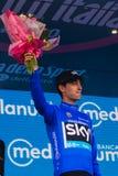 Sant Anna, Italie le 28 mai 2016 ; Mikel Nieve, équipe de ciel, dans le débardeur bleu sur le podium après gain de la classificat Images stock