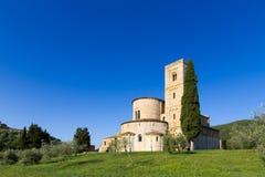 Sant'Antimo Abbey i Kreta Senesi, Italien Royaltyfria Foton