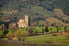 Sant Antimo Abbey nära Montalcino, Tuscany, Italien Royaltyfri Fotografi