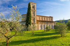 Sant Antimo Abbey nära Montalcino, Tuscany, Italien Arkivbilder