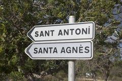 Sant Antoni et Santa Agnes Signpost ; Ibiza photos stock
