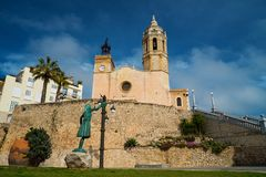 Sant Bartomeu教会我圣特克拉在锡切斯 免版税库存图片