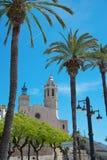Sant Bertomeu和圣特克拉教会在锡切斯 肋前缘Brava,西班牙 库存图片