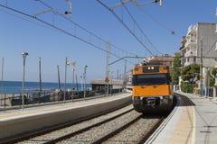 Sant Polityk De Mącący Turystyczny miasteczko na wybrzeżu Barcelona obraz royalty free