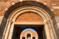 Sant& x27大教堂; Ambrogio,米兰,伦巴第,北意大利 免版税库存照片