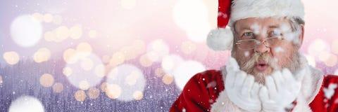 Santa με το φυσώντας χιόνι χειμερινών τοπίων Στοκ φωτογραφίες με δικαίωμα ελεύθερης χρήσης