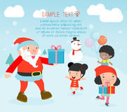 Santa που διανέμει τα δώρα στα παιδιά, σχέδιο αφισών Χριστουγέννων με Άγιο Βασίλη, Santa με τα παιδιά Στοκ Φωτογραφία