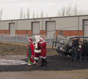Santa που συνοδεύεται Στοκ φωτογραφίες με δικαίωμα ελεύθερης χρήσης