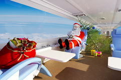 Santa στο αεροπλάνο Στοκ εικόνες με δικαίωμα ελεύθερης χρήσης