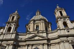 Santa Agnese Church-Haube und -Glockenturm Lizenzfreies Stockbild