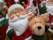 Santa avec son renne Photos stock