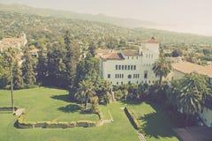 Santa Barbara, Californië, mening van het Sb-slepen van de Gerechtsgebouwklok royalty-vrije stock foto