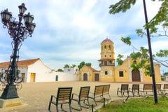 Santa Barbara Church et bancs Photos libres de droits
