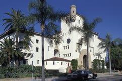 Santa Barbara County Courthouse, wat politieheadqua onderbrengt royalty-vrije stock fotografie