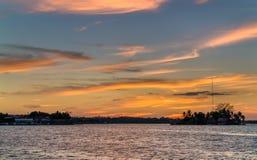 Santa Barbara Island op Meer Peten Itza, Guatemala stock afbeelding