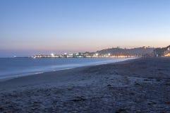 Santa Barbara Pier no crepúsculo fotografia de stock royalty free