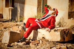 Santa bebendo fotografia de stock royalty free
