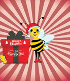 Santa Bee Holding felice una scatola attuale Fotografia Stock Libera da Diritti
