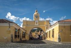 Santa Catalina Arch - Antigua, Guatemala Arkivfoto
