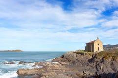 Santa Catalina eremitboning i Mudaka. Baskiskt land Arkivbild