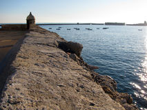 Santa Catalina kasztel w Cadiz Obrazy Royalty Free