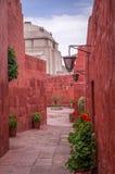Santa Catalina Monastery in Arequipa, Peru stockbilder
