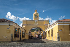 Santa Catalina łuk - Antigua, Gwatemala Zdjęcie Stock