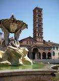 Santa Cecilia i den Trastevere kyrkan royaltyfria foton