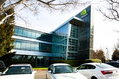Santa Clara, CA - fevereiro 1, 2018: NVIDIA Corp , líder da inteligência artificial, GPU, GeForce, 3D jogo, visão 3D Imagens de Stock
