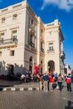 SANTA CLARA, CUBA - 13 DE FEBRERO DE 2016: Teatro de Caridad del La de Teatro en el centro de Santa Clara, Cub fotos de archivo