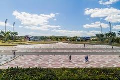 SANTA CLARA, CUBA - 13 DE FEVEREIRO DE 2016: Área livre na frente do monumento de Che Guevara em Santa Clara, Cu imagens de stock royalty free