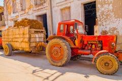 SANTA CLARA, CUBA - 8 DE SEPTIEMBRE DE 2015: Visión, en el centro de la ciudad en el capital de la provincia, chalet Clara Imágenes de archivo libres de regalías