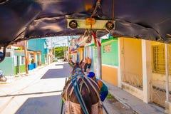 SANTA CLARA, CUBA - 8 DE SEPTIEMBRE DE 2015: Visión, en el centro de la ciudad en el capital de la provincia, chalet Clara Imagenes de archivo
