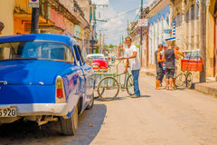 SANTA CLARA, CUBA - SEPTEMBER 08, 2015: Mening, van de binnenstad in de hoofdstad van provincie, Villa Clara Royalty-vrije Stock Afbeelding