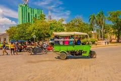 SANTA CLARA KUBA - SEPTEMBER 08, 2015: Visa Arkivbild