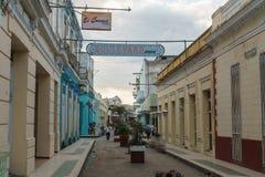 Santa Clara, Kuba, Styczeń 5, 2017: Uliczny widok na Santa Clara, Kuba Ogólny podróży metaforyka obrazy royalty free