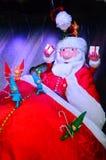Santa Claus à la maison des vacances de Noël Photos libres de droits