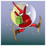 Santa Claus affretta con i regali sugli sci magici Fotografia Stock Libera da Diritti