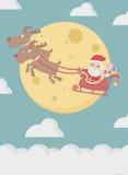 Santa Claus com a mosca da rena sobre a nuvem e a lua Imagens de Stock Royalty Free