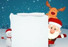 Santa Claus con il pupazzo di neve e Rudolph la renna sulla scena di inverno Fotografie Stock Libere da Diritti