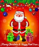 Santa Claus con las cajas de regalo en fondo rojo fotos de archivo libres de regalías