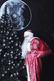Santa Claus con un bolso Imagen de archivo libre de regalías
