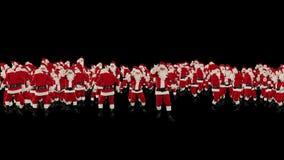 Santa Claus Crowd Dancing, forma de la Feliz Año Nuevo de la fiesta de Navidad, contra negro, cantidad común almacen de video