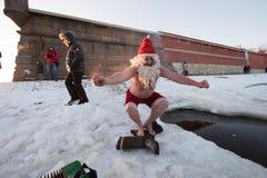 Santa Claus dans le trou Photos libres de droits