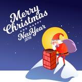 Santa Claus-de mens in rood kostuum en de baard met zak van giften achter hem klimmen in schoorsteen, huwen van Kerstmis en geluk Royalty-vrije Stock Foto
