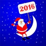 Santa Claus, die auf einem sichelförmigen Mond sitzt und ein Plakat hält Stockbild